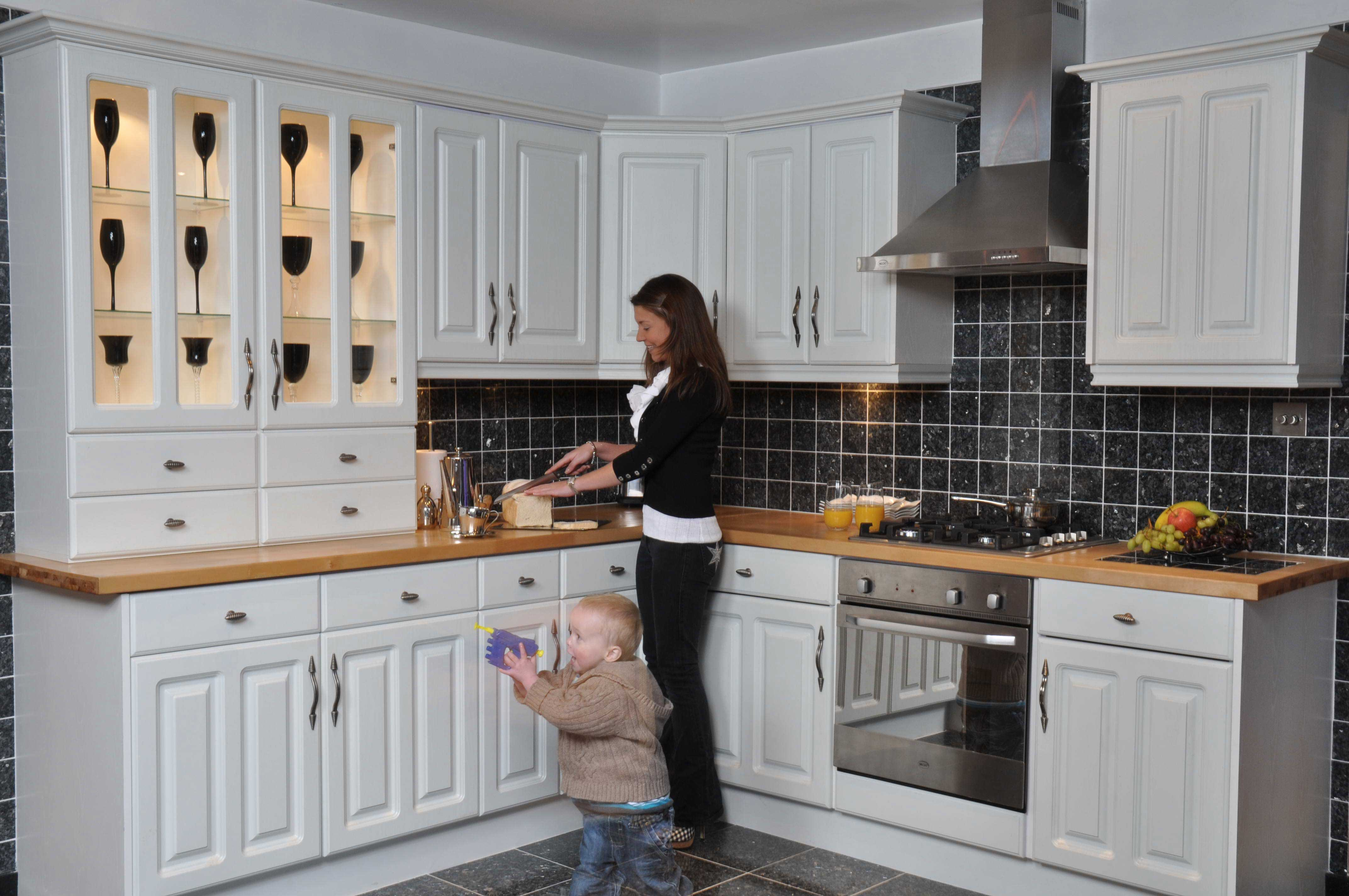 Kitchen chelmsford cheap kitchen chelmsford kitchen for Kitchen units